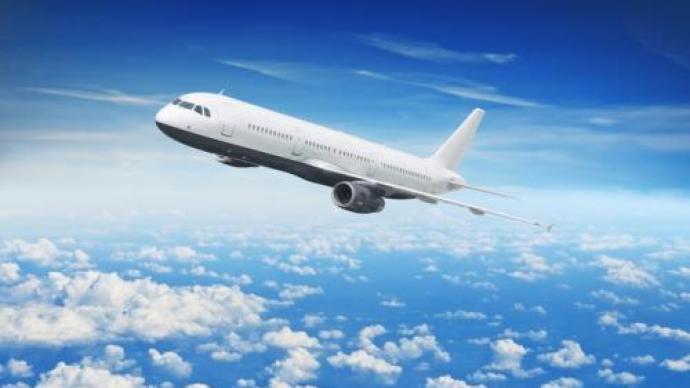 中国驻新加坡使馆:12月1日起赴华旅客须凭绿色二维码登机