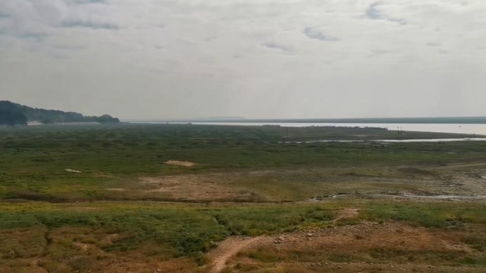 中国最大淡水湖鄱阳湖进入低枯水期,星子站水位9.99米