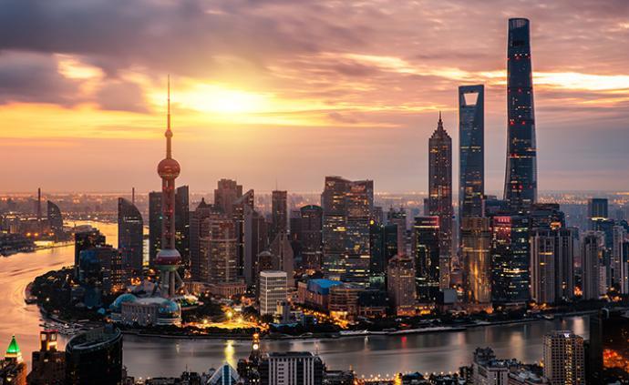 上海战略所丨对标全球城市,上海产业发展战略该如何调整