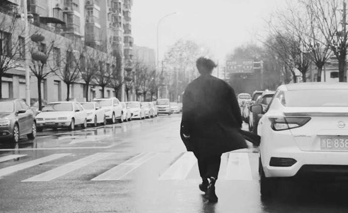 跨过长江去武汉的少年