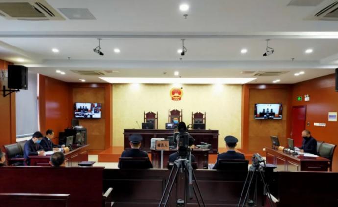 违规收治发热病人致3人确诊457人隔离,安徽村医获刑一年