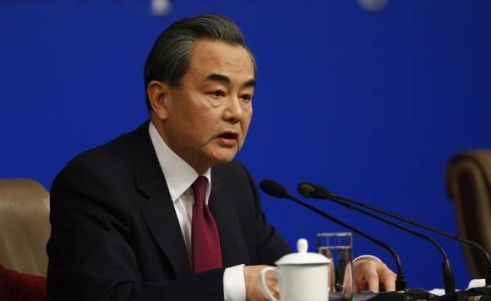 王毅同印尼对华合作牵头人卢胡特通电话:紧密团结,排除干扰