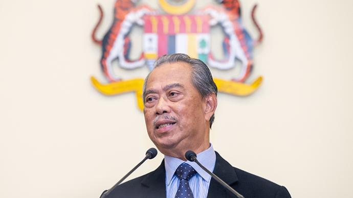 马来西亚国会攻防战:总理穆希丁惊险过关,两票之差撤换议长