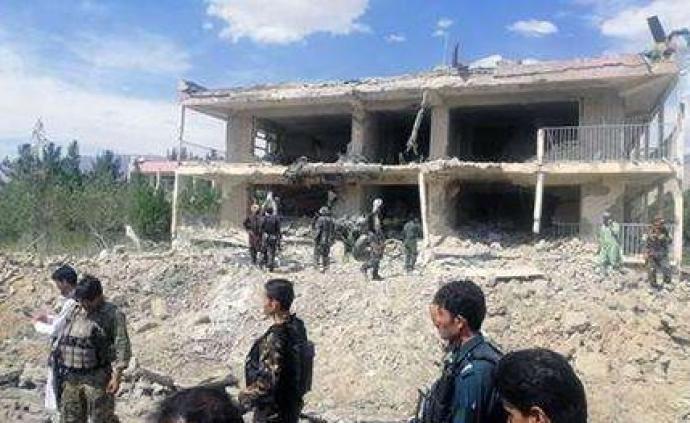 阿富汗北部汽车炸弹袭击伤亡人数增至77人,塔利班宣称负责