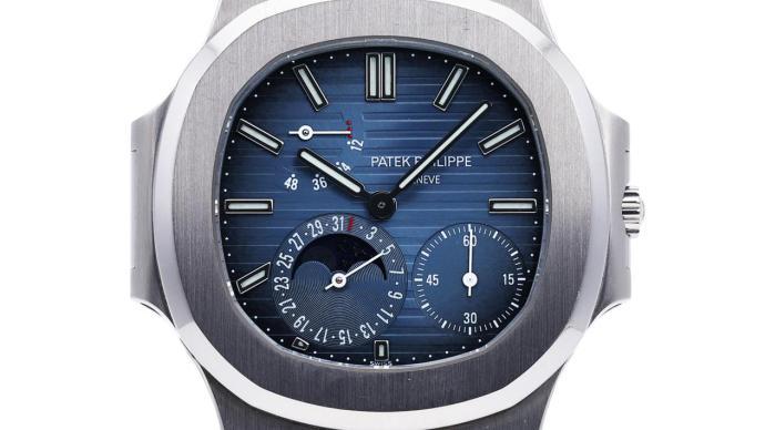 藍盤腕表備受追捧,12月拍場掀起藍色熱潮
