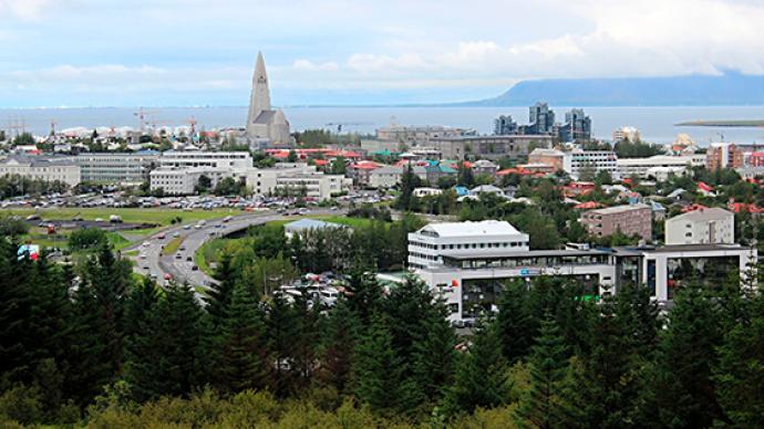 冰岛对非申根区公民开放入境,申请人月薪须超4.85万元