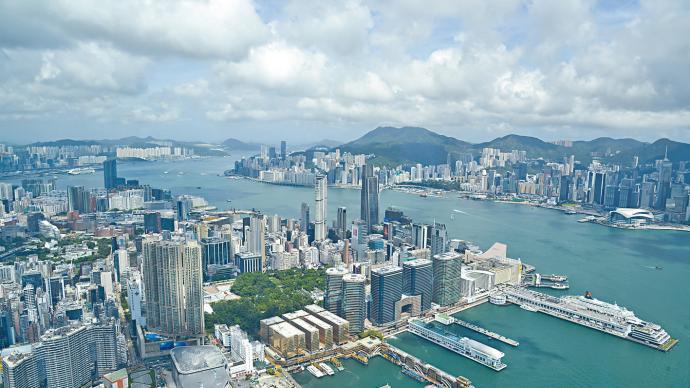 """香港特區政府:香港與新加坡間""""航空旅游氣泡""""順延兩周啟動"""