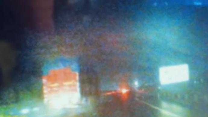 新手女司机跟着导航误入高速20码夜行,获救后直言快吓死了