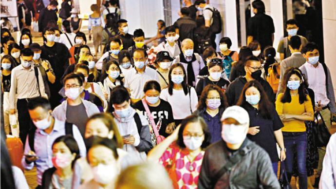 香港收緊防疫措施應對疫情惡化,酒吧等場所26日起關閉7天