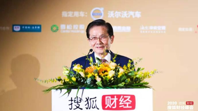 国家统计局原副局长贺铿:预计明年中国经济增速8%