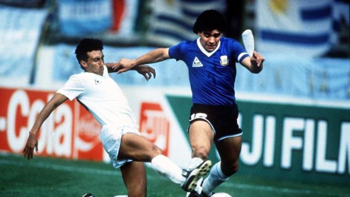 紀念球王丨如果足球是阿根廷的麻醉劑,老馬就是深入血管的靈藥