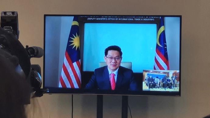 馬來西亞貿工部副部長:中國與東盟在攜手抗疫領域站在最前端