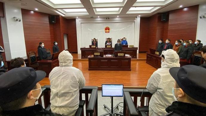 鄭淵潔實名舉報的特大盜版案宣判,11人獲刑
