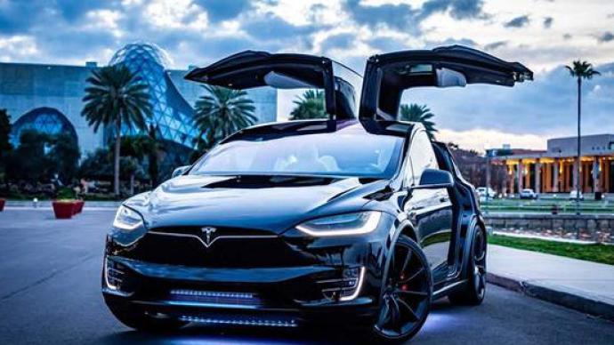 美國監管機構就前懸架問題對超11萬輛特斯拉汽車展開調查
