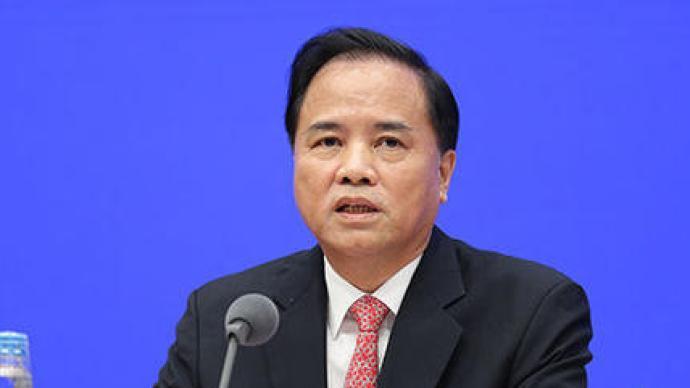 刘赐贵辞去海南省人大常委会主任职务