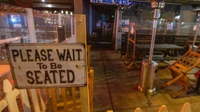 美国洛杉矶发布防疫紧急令,禁止全城民众出门