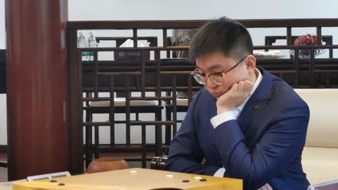 """时隔三年""""天元""""易主!杨鼎新击败连笑,首夺围棋天元赛"""