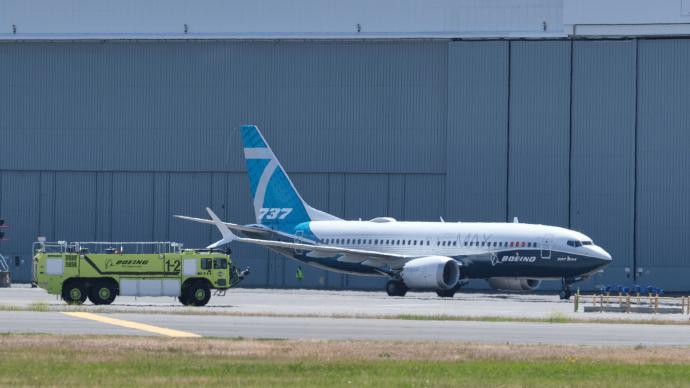 停飛超20個月后,首班由波音737MAX執飛商業航班起飛