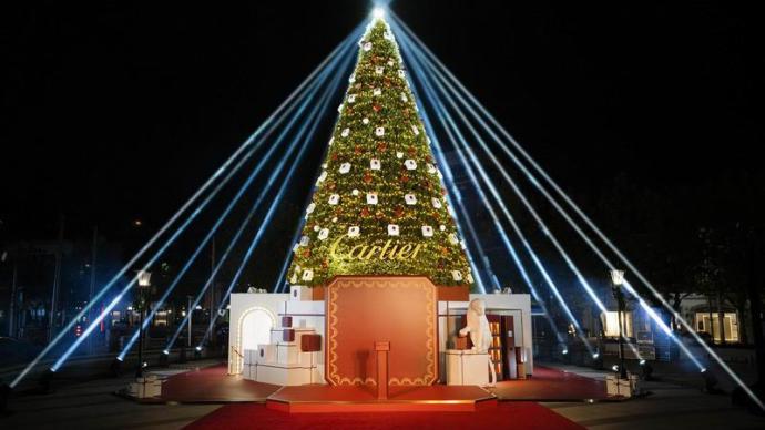 點亮圣誕樹,才算點亮圣誕心情