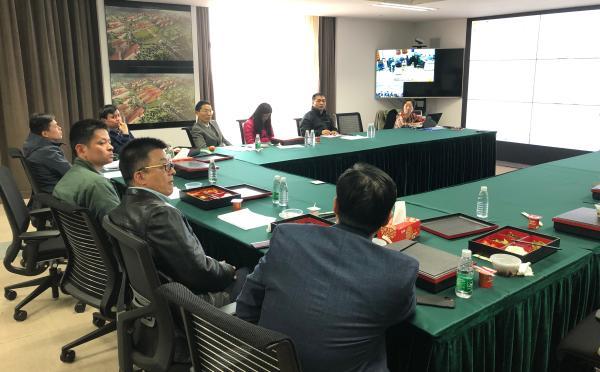 专家组织病例讨论。澎湃新闻记者 李佳蔚