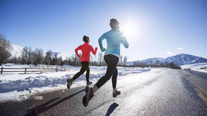 冬季降溫堅持戶外跑步,你知道應該怎么穿嗎?