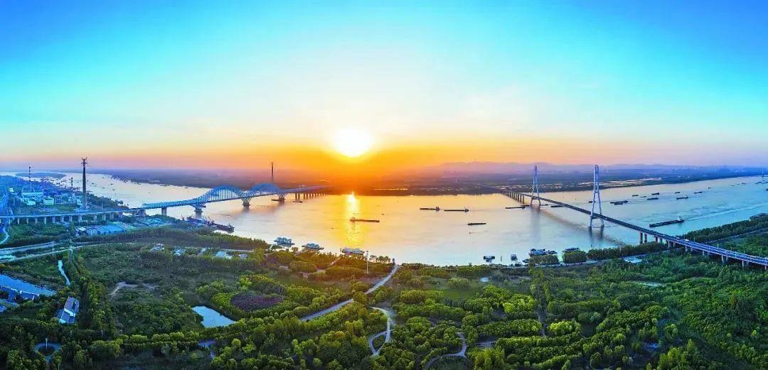 美丽的南京滨江风光。南报融媒体记者 冯芃摄