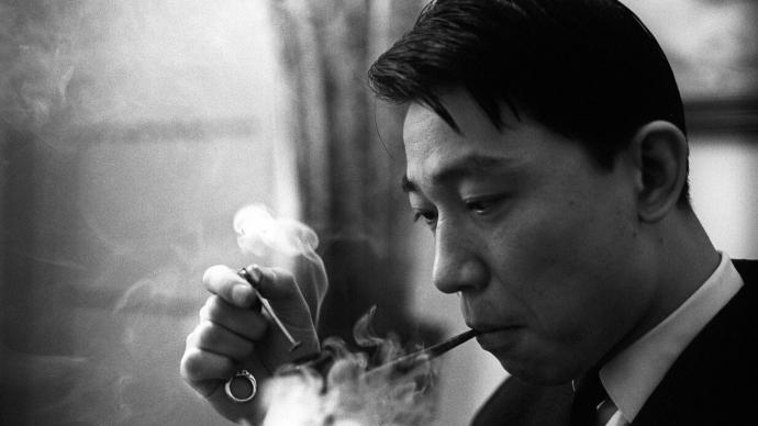 紀念|鋼琴家王笑寒憶傅聰:他最放松時,是練琴間隙抽一斗煙