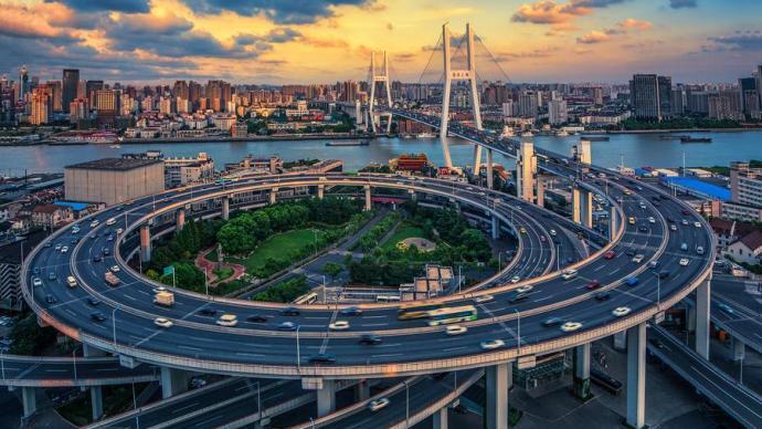 上海外資40年|外商投資企業創造上海市超1/4的GDP