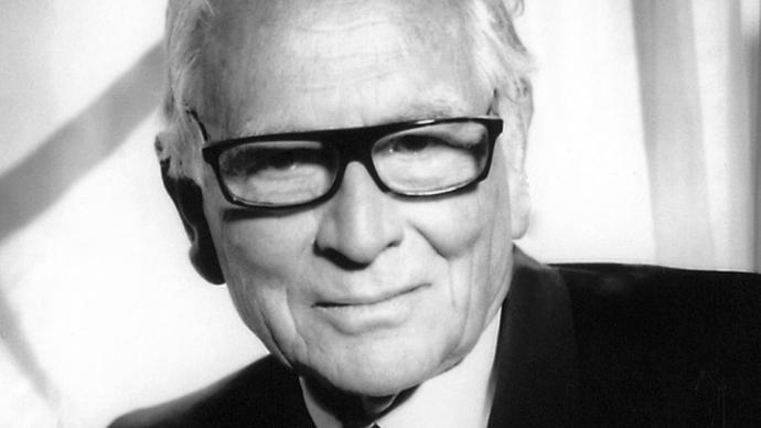 法國著名服裝設計師皮爾·卡丹逝世,享年98歲