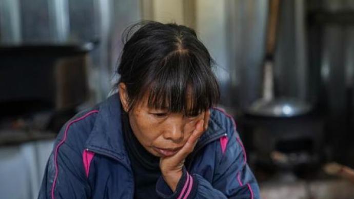 """""""百香果女孩""""遇害案改判被告人死刑,家屬為十萬停尸費發愁"""