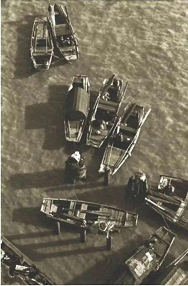 俯视苏州河,1950年代初。 金石声 摄