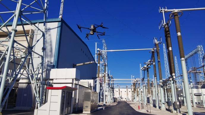 """克服強電磁干擾,無人機替代人工為超級電力工程做""""體檢"""""""