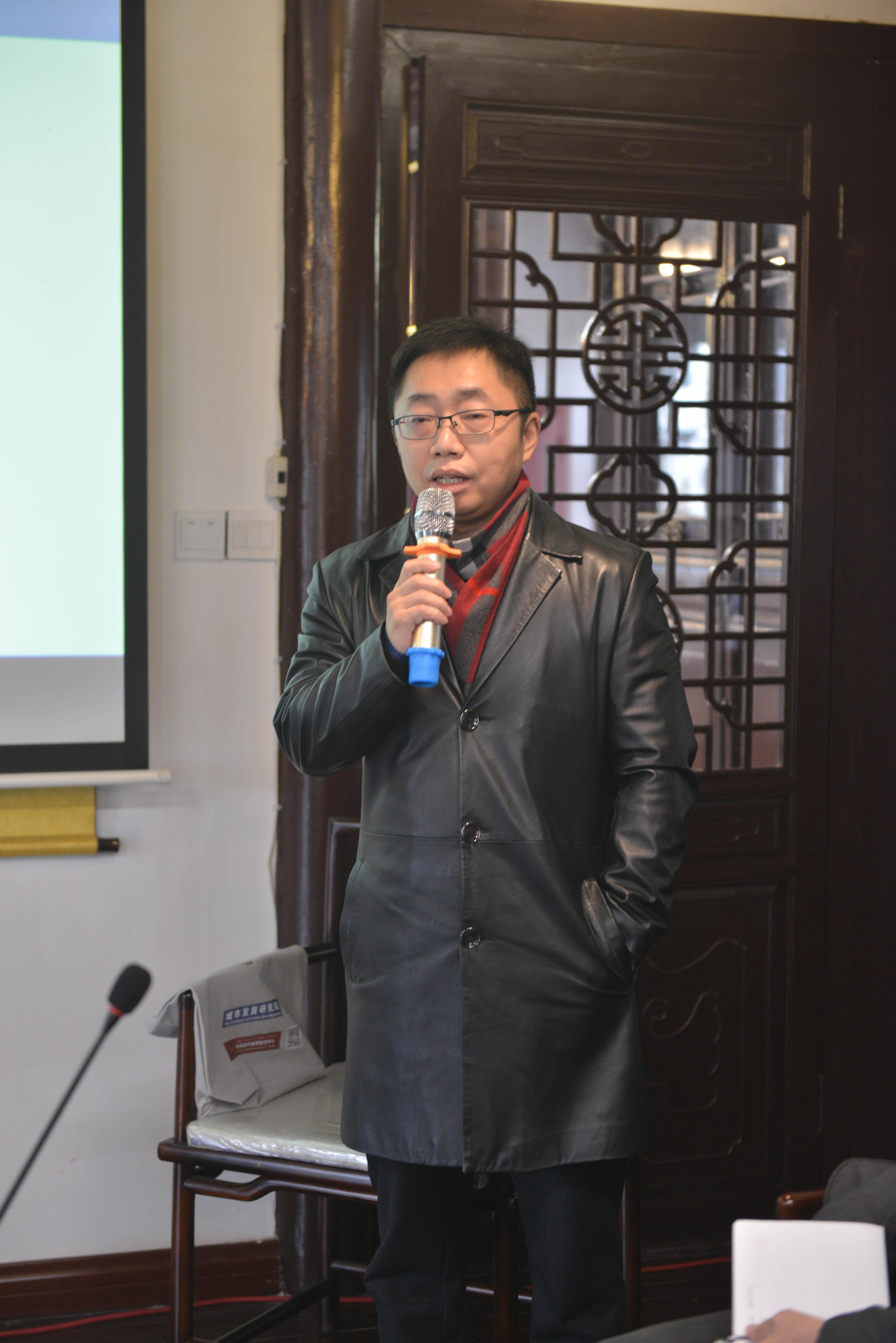 上海市开发区协会秘书长、长三角开发区协同发展联盟秘书长杜玉虎。