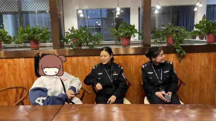 暖闻|14岁女孩流浪浙江嘉兴街头,民警等人送她回四川上学