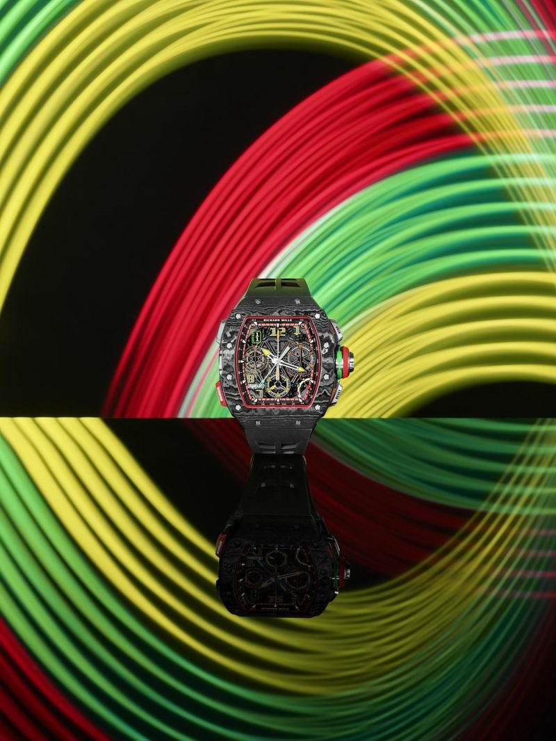 Richard Mille RM 65-01自动上链双秒追针计时码表,黄色指针和数字时标成为腕表上不折不扣的主角。