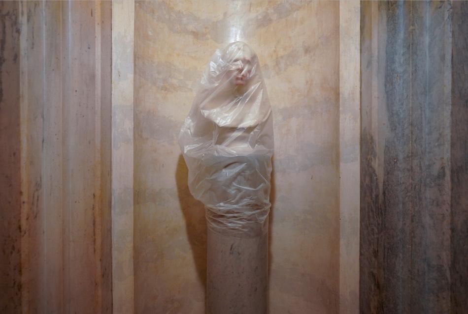 美国第十二任总统扎卡里·泰勒的雕像在骚乱中溅上了鲜血。