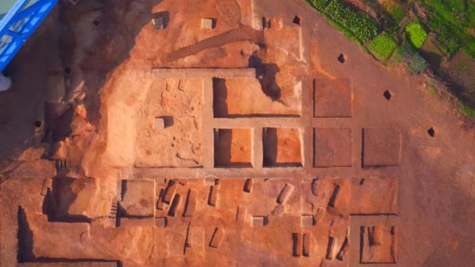 """三千多年前的""""重工业基地"""",长江流域最大商代铸铜遗址现身"""