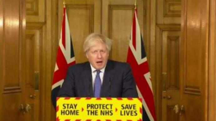 英国首相:18日起所有抵达英国旅客需进行隔离