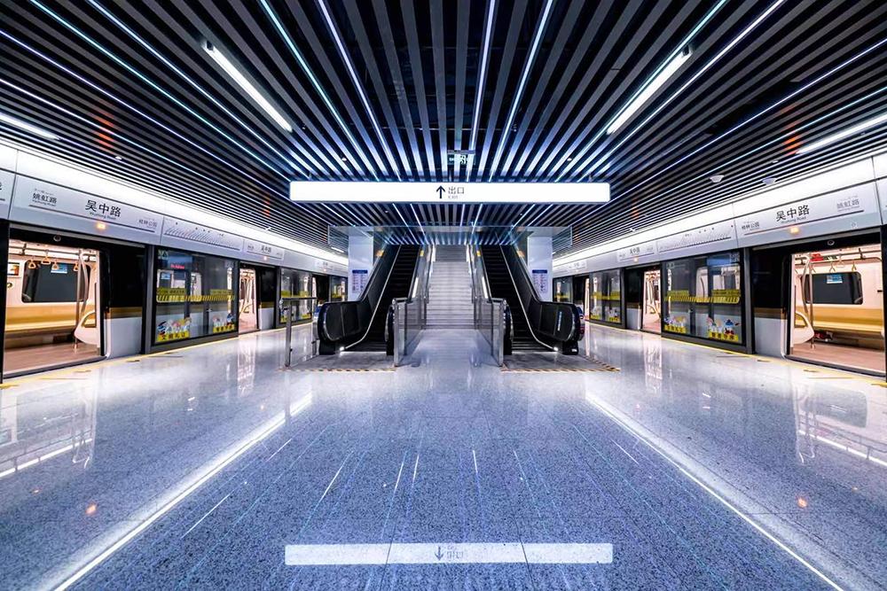 上海轨道交通15号线吴中路站 上海地铁 供图
