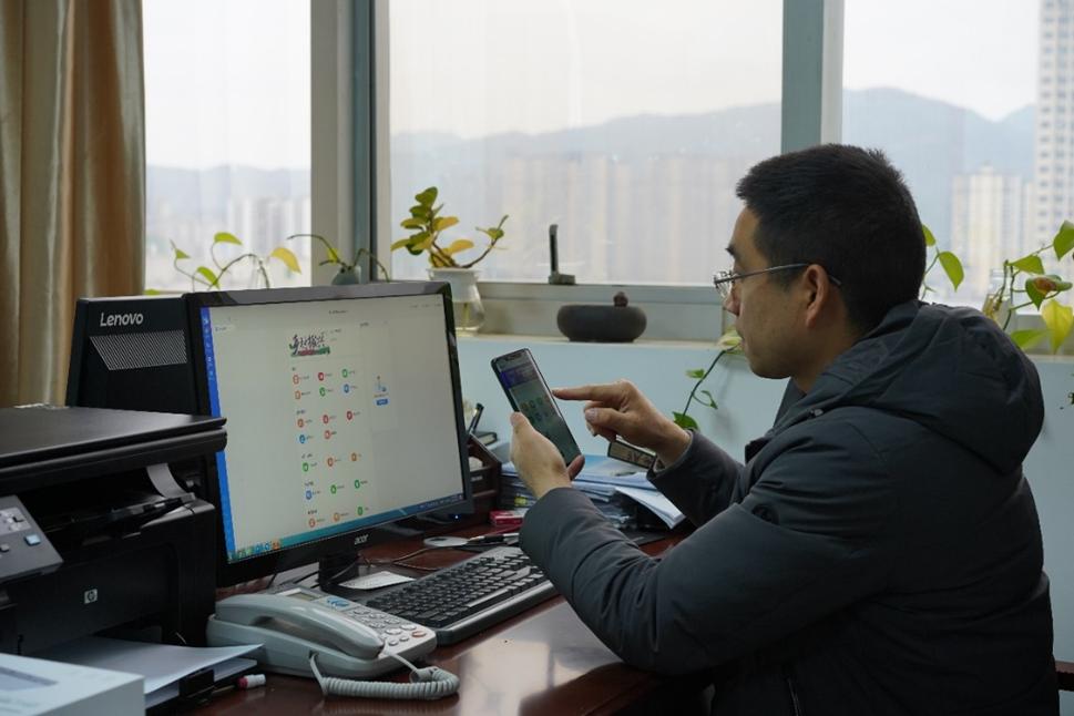 利川市智慧城市建设服务中心总工程师 刘锋