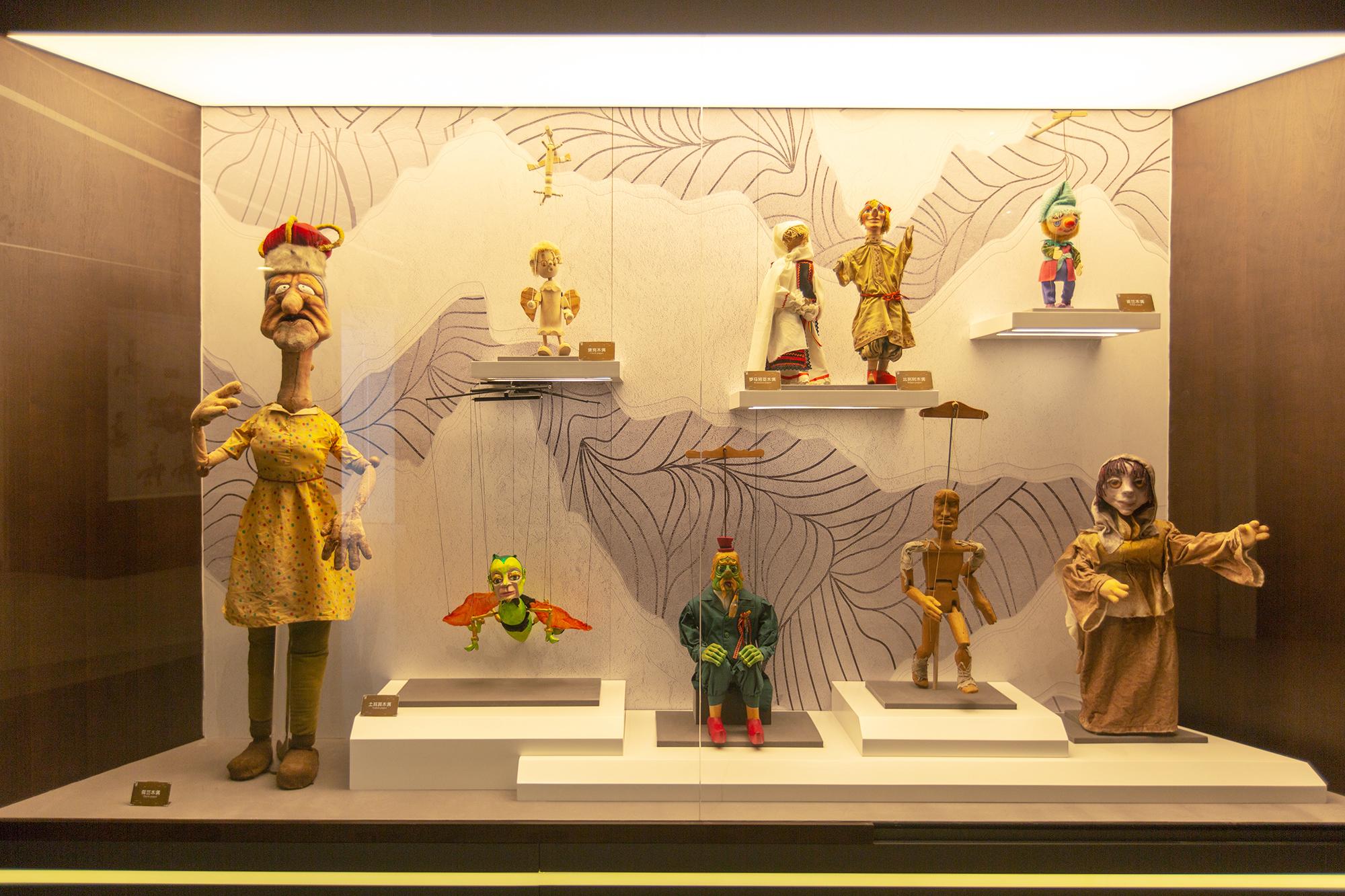 国外木偶展品