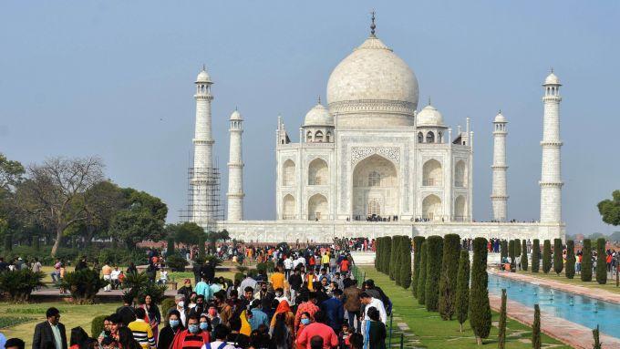 印度首都进行第五轮新冠抗体检测:超一半被测者结果呈阳性