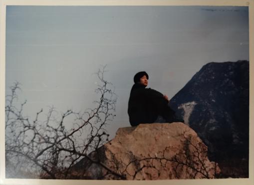 1988年,山西,父亲高中时喜欢登高望远,在山上放空自己、思考远方。