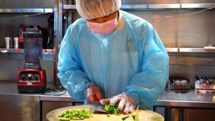 餐饮服务从业人员戴口罩入法,福建出台全国首个专项法规