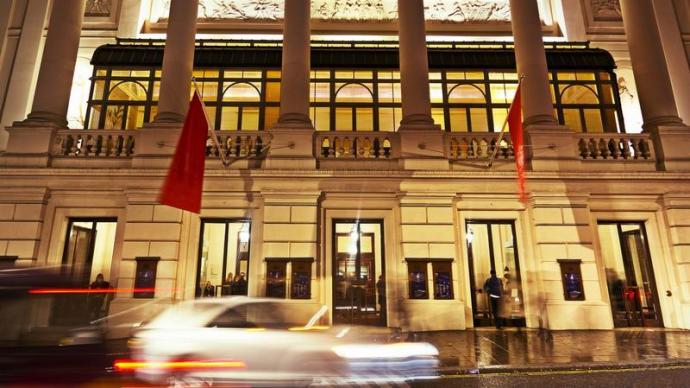 莱布雷希特专栏:从头重建我们的歌剧院