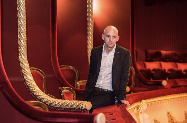 皇家歌剧院负责人奥利弗·米尔斯