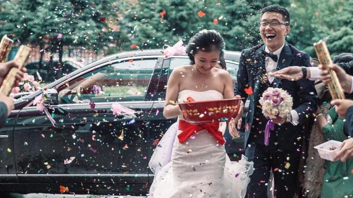 房本加名,彩礼加价,这样的婚姻就幸福了吗?