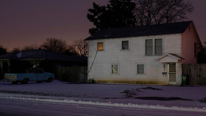 得州大停电迫使民众在室内非常规取暖,一氧化碳中毒事件激增