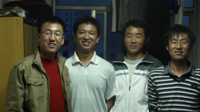 4名官兵邊境沖突中犧牲,母校發布英雄讀大學時的畫面致敬