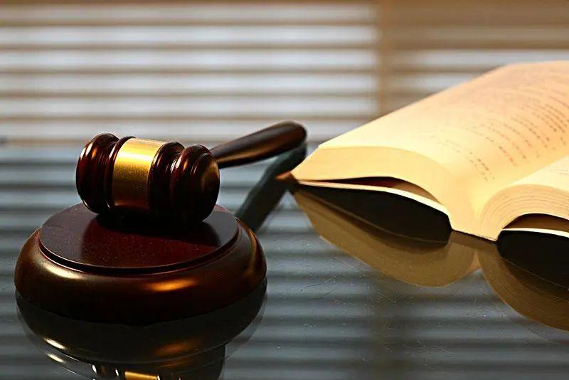 家庭主妇离婚获5万家务补偿,主审法官:判决时考虑四个因素